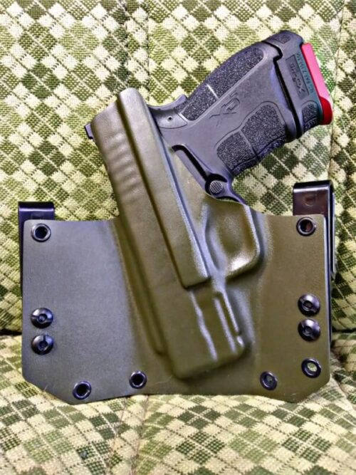 Best IWB holster for XDS – Reviews & Buying Guide